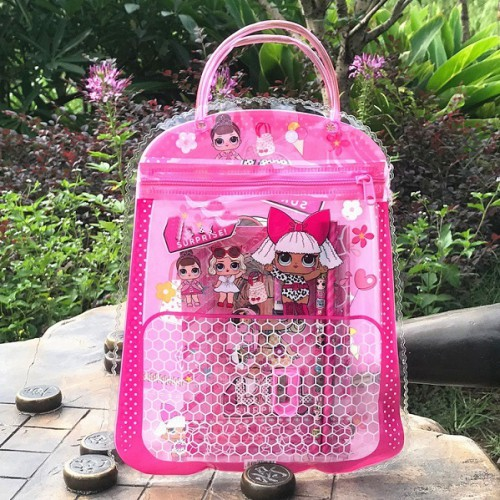 "Набор канц.принад. ""Кукла"" в сумочке: 2 карандаша, 1 точилка, 1 ластик, 1 линейка, 1 блокнот"