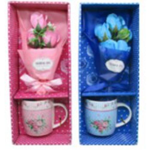 """Набор подарочный - Чашка керамическая 370мл , мыло """"Букет роз"""" - 8,5*9см"""